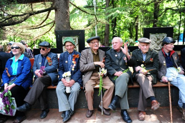There are around 1,300 Georgian war veterans still alive today.