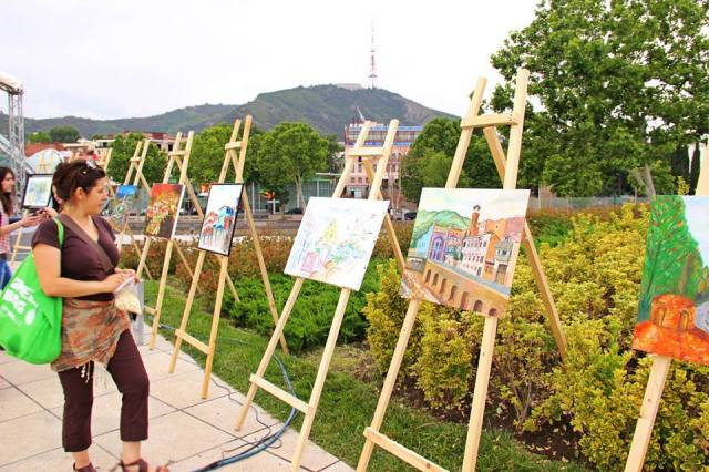 Art Exhibition in Rike Park