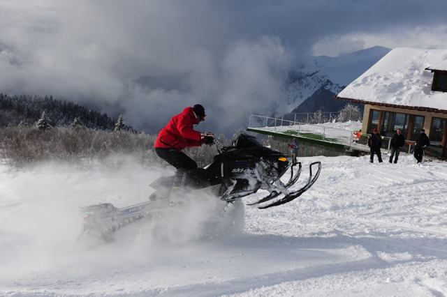A snowmobile at the Zuruldi Restaurant