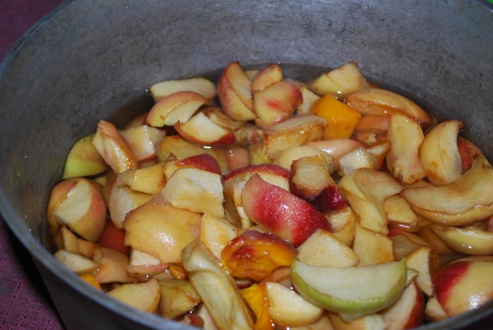 Add Peaches to Pot