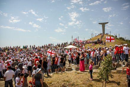 Didgoroba (Georgian დიდგორობა) celebration. Photo by George Mel via Wikimedia Creative Commons Licence.
