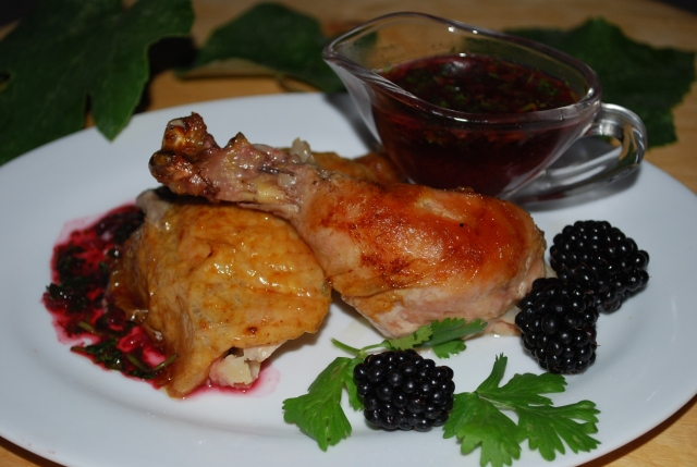 Chicken with Blackberry and Green Grape Sauce - Copy