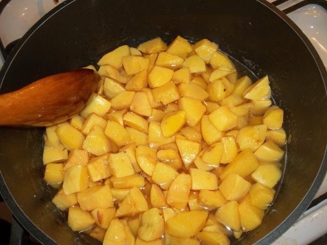 Cooking quince (2) - Copy