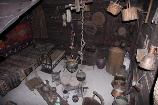 A display of an Imeretian peasant dwelling and household items
