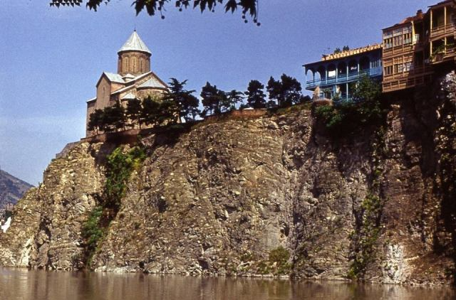 Metekhi Church on the cliff overlooking the Mtkvari River in 1974