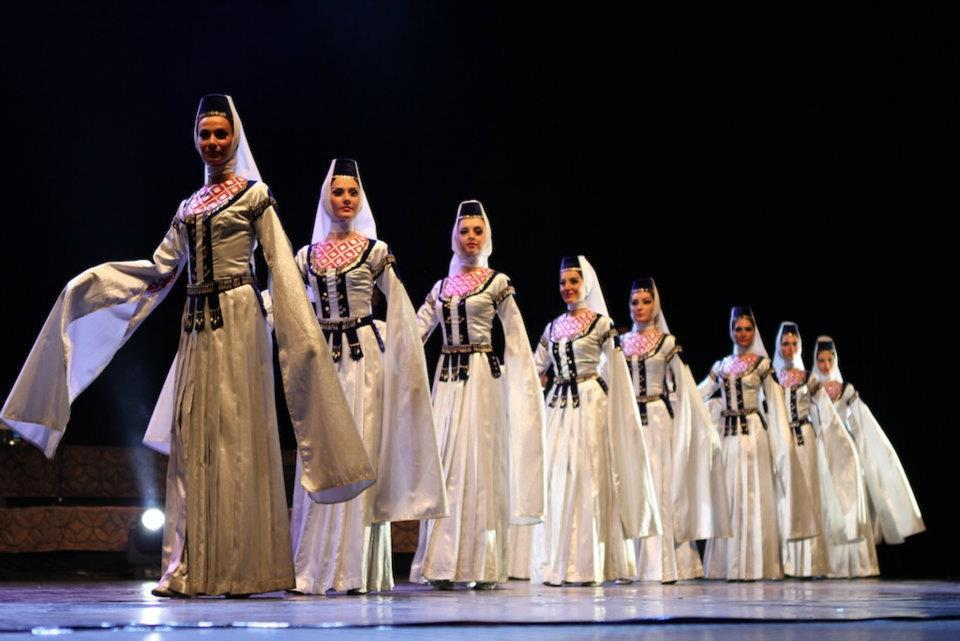 About Dance – Ensemble Erisioni | Georgia About