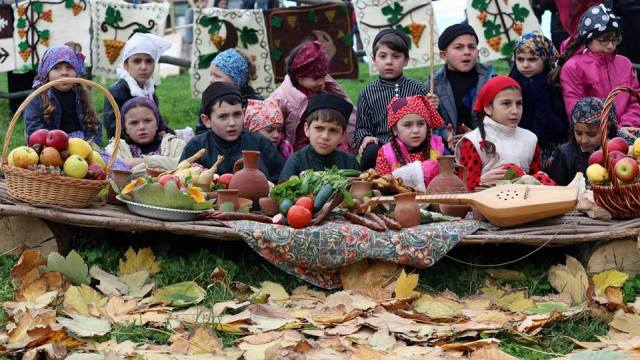 Children celebrating Pirosmanoba. Photo courtesy of Irakli Garibashvili Official