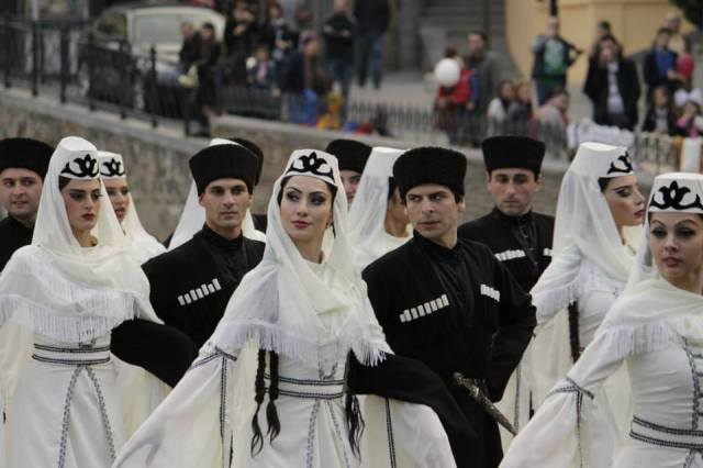 "The Ossetian Song and Dance Ensemble ""Yarn"" performing a Tymbyl Simd dance at Tbilisoba 2014"