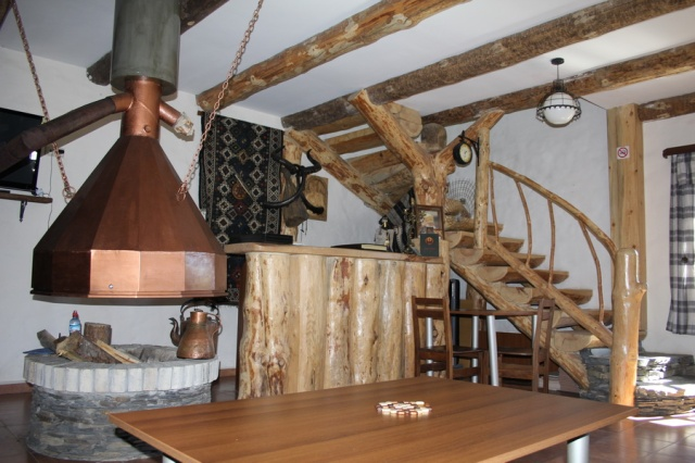 """The guesthouse has an impressive fireplace which the Tush people call """"shuatsetskhli"""""""
