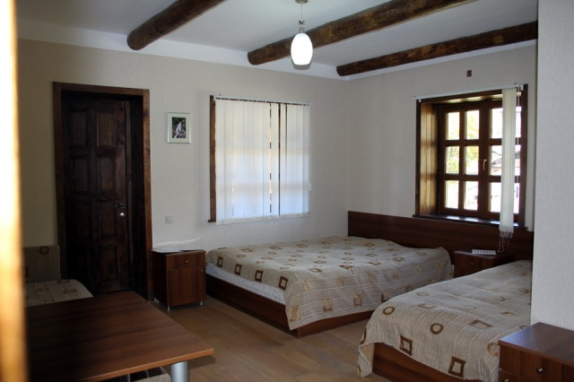 "A bedroom at Guesthouse ""Shina"""