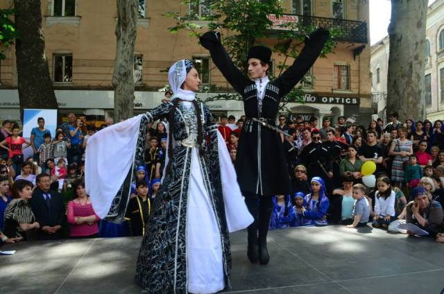 Traditional dancing in Tbilisi on Indepence Day. Photo courtesy of Georgian Government