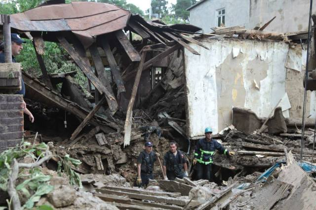 Up to EUR 3 million will be made available by the European Commission to help provide housing. Photo source: State Security and Crisis Management Council
