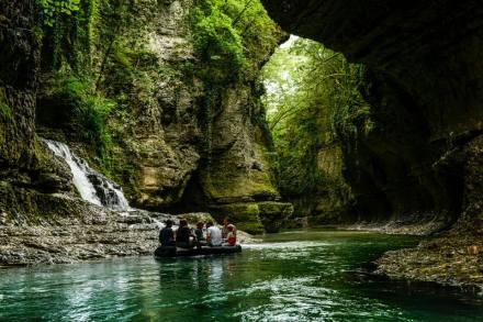 Martvili Canyons. Photo by Migawki z podróży
