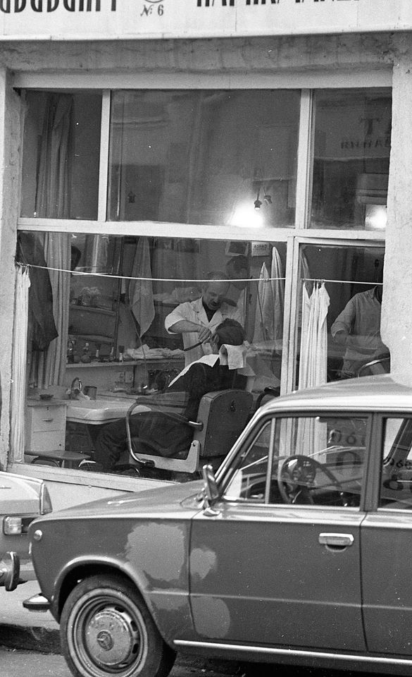 A barber shop in Tbilisi in 1976