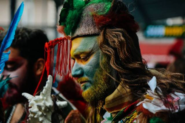 A colorful participant in the 2015 Tbilisoba procession