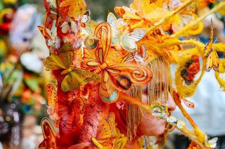 A colorful headdress at Tbilisoba 2015