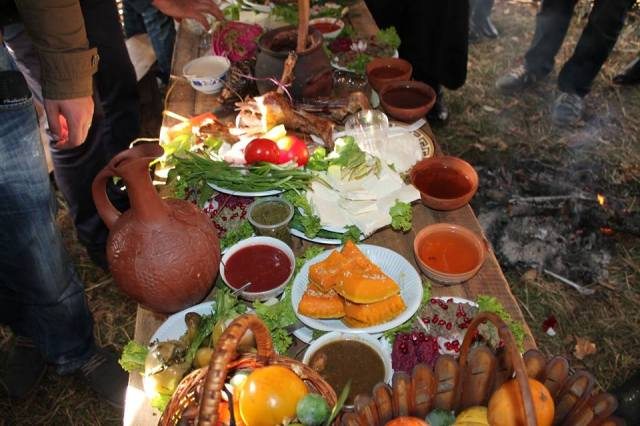 Food and wine at the Egrisoba 2015 festival
