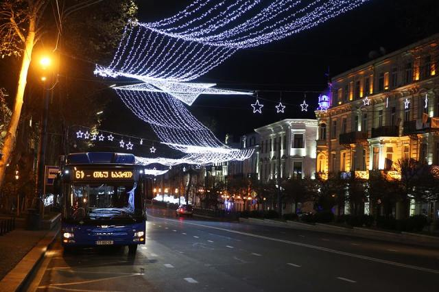 new-year-illuminations-in-tbilisi_2
