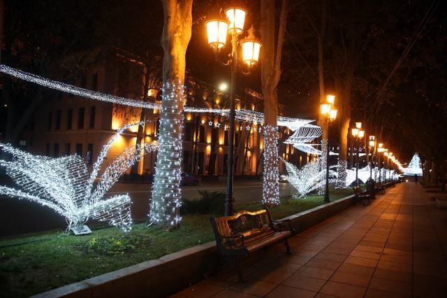 new-year-illuminations-in-tbilisi_4